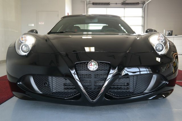 new 2016 alfa romeo 4c spider 4c spider convertible in tacoma a16001 alfa romeo of tacoma. Black Bedroom Furniture Sets. Home Design Ideas